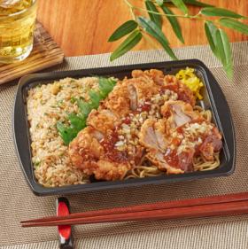 【ファミリーマート】炒飯&油淋鶏弁当