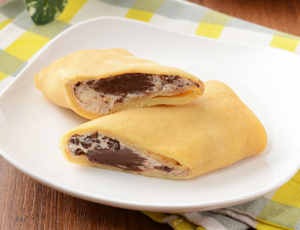 【ローソン】もっちりクレープ生チョコ&チョコチップ