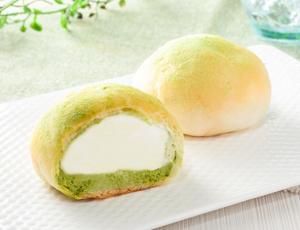 【ローソン】モアホボクリム -ほぼほぼクリームのシュー 抹茶ラテ風-