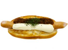 【セブンイレブン】キーマカレー&チーズソースドッグ