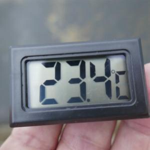 検温くん 23.4℃