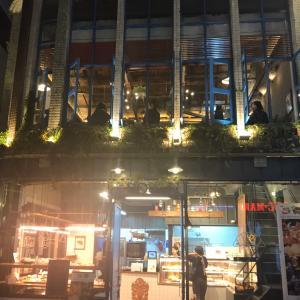 大邱・東城路のベーカリーカフェ「Le POULDU(ル プルディ)」で夜カフェ