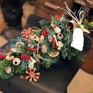 お花の飾れる教室に〜もうクリスマス??