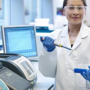 PCR検査の希望者全員検査の是非‼️