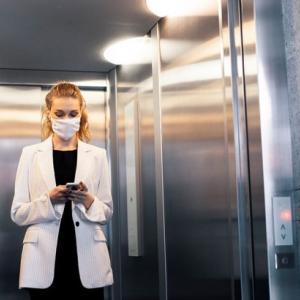 新型コロナ エレベーターが危険⁉️
