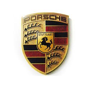 ポルシェが初のEV 「タイカン」 フル充電で450キロの走行が可能
