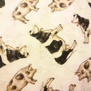 牛とブタ柄の布地