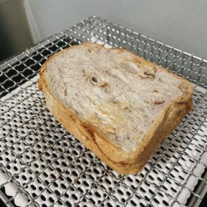 くるみハードトーストパン & セラミック板焼き網