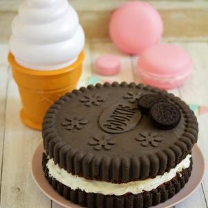 * 巨大オレオケーキ♪