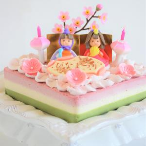 * ひな祭りのケーキ♪