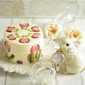 * チューリップのケーキと素敵な時計♪