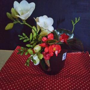 庭の花を家の中で楽しむこと・・・♪