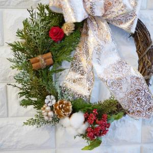 クリスマスに玄関リースやツリーハーバリウムも♪