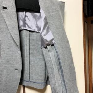 夏のテーラードスーツ