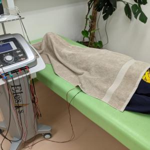 微弱電流治療器エレサスで早期回復:骨折編