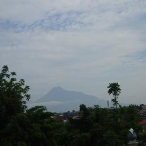 家内、インドネシアを旅する④-ボロブドール遺跡