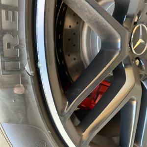 ★昨日の納品 メルセデスベンツ AMG GLE63 ダイヤカット塗装修理★