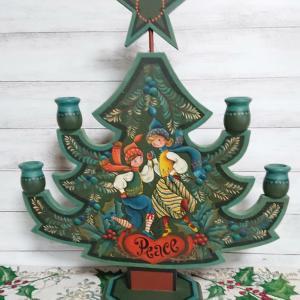 マーガレット・ウェイキングさんデザインのクリスマスツリー~(^.^)