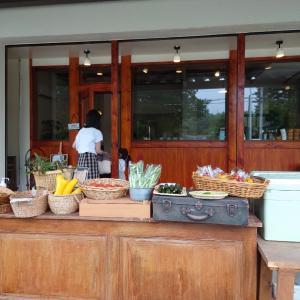 畑の中のカフェ〜菜びより