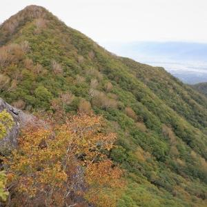 北杜市 秋を感じながら金ヶ岳と茅ヶ岳     Mount Kanagata in Hokuto, Yamanashi