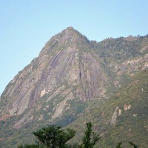 屋久島 花崗岩の絶景モッチョム岳     Mount Mochomu in Yakushima National Park