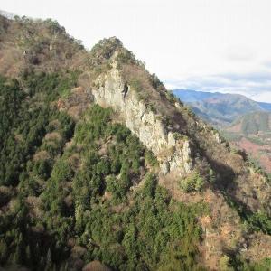 上田市 独鈷山へ雨首と鉄城山を越えて     Mount Tokosan in Ueda, Nagano