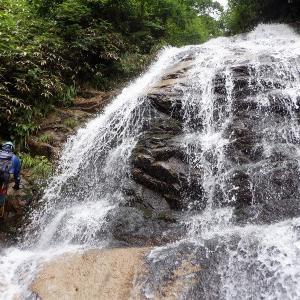 那須 終わらないレイニーシーズンだけど井戸沢で快適な沢登り     Stream Climbing in Idosawa, Nikkō National Park