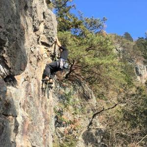 宇都宮市 古賀志山でクライミング 【マラ岩・南稜ドーム】     Rock Climbing at Kogashi in Utsunomiya, Tochigi