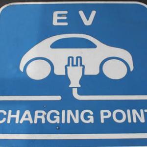 歴史に照らせば、ほとんどのEV(電気自動車)スタートアップ企業は倒産する