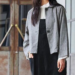 コットンリネンヘリンボン起毛ローカラージャケットは手洗いできて気軽に羽織れる50代主婦にうれしい一着。