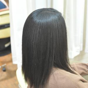 強い癖毛の常連お嬢さん、おめでた〜〜❤️