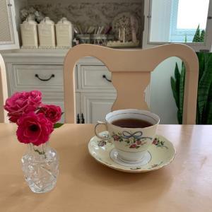 今朝のひとり紅茶時間❤️6月です。活動開始!