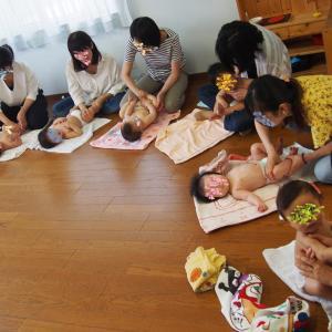 一日25組の親子さんにベビーマッサージ♡