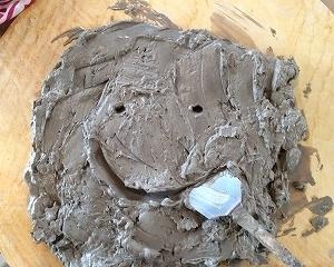 ◆素焼き前の土はリサイクル