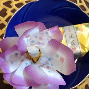 美しい和菓子を頂きました