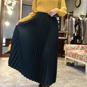 セモア☆アコーディオンプリーツスカート 着るとこんなに素敵❗️