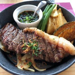 レストラン アクアで国産肉ステーキ