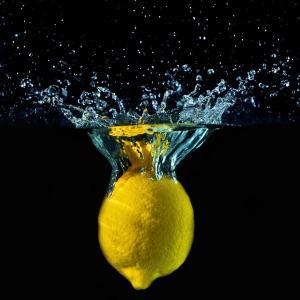レモンウォーターでホントに痩せるの??いろいろ真実を教えます。