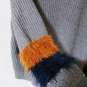 【ファッション】ボア付き★お気に入りのセーター♪
