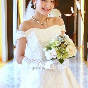 二の腕カバーのウエディングドレス♡チャペル挙式にオススメ♬