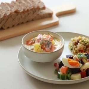 KOZまかない【フィンランドの家庭料理 ロヒケイット】サーモンのスープ