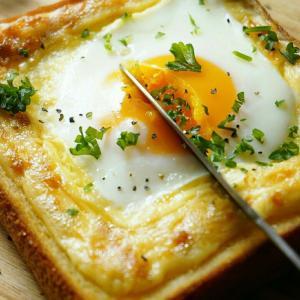 *おうちタイムに人気上昇中の簡単ウマーな朝食レシピベスト3*