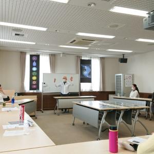 秋山峰男さんの点描画ワークショップ&個人セッション「魂の肖像画」~開催報告です~