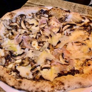 オークランドでナポリ風ピザ・Dante's Pizza