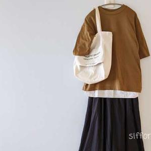 UNIQLOキャメルTシャツとイーザッカさん*明日20時〜お買い物マラソン!
