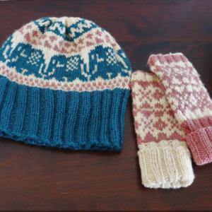 キッズ用帽子と手袋(生徒さんの作品)