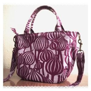 紫玉ねぎ柄(?)ころりんバッグ