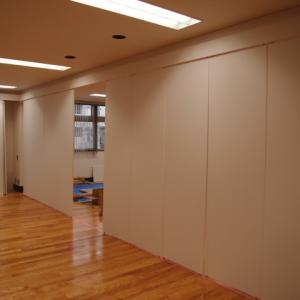 足立区中居町ビル内装リフォーム工事の進捗。