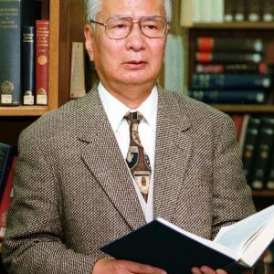 いじめと戦う重要性を教えよ 明治大学名誉教授・入江隆則