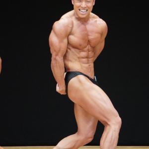 「マッチョすぎても嫌、細すぎても嫌、普通の筋肉質になりたい!」って言う人多いけど、つまりこういう肉体が理想って事?